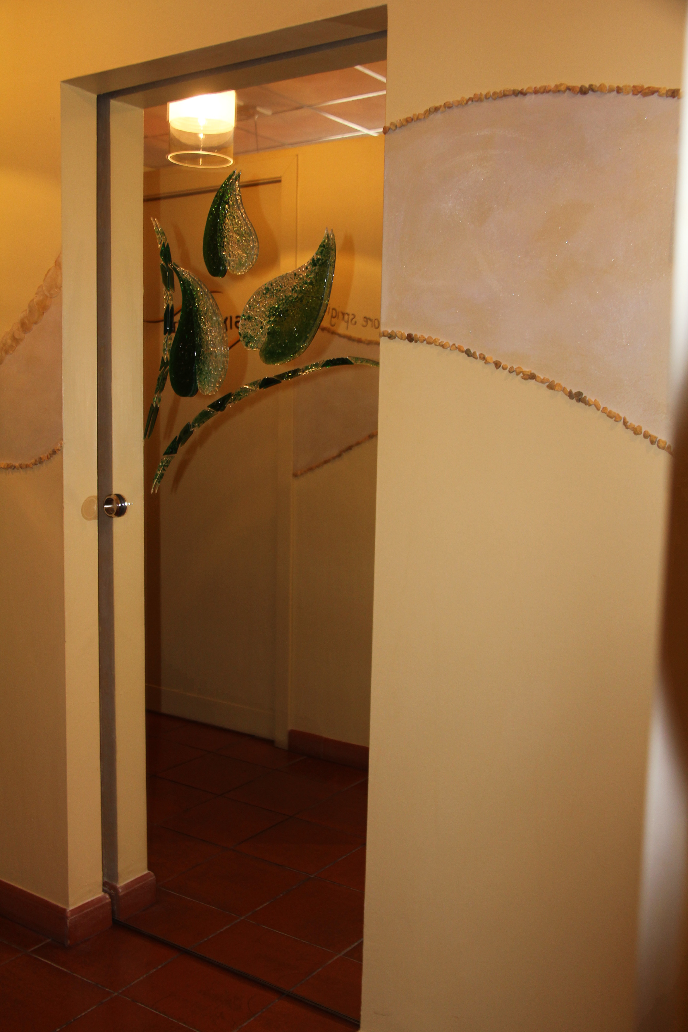 Porta specchio 10 mm temp scorrevole pomolo nicchia minima a scorrere decoro foglie - Vetri a specchio per finestre ...